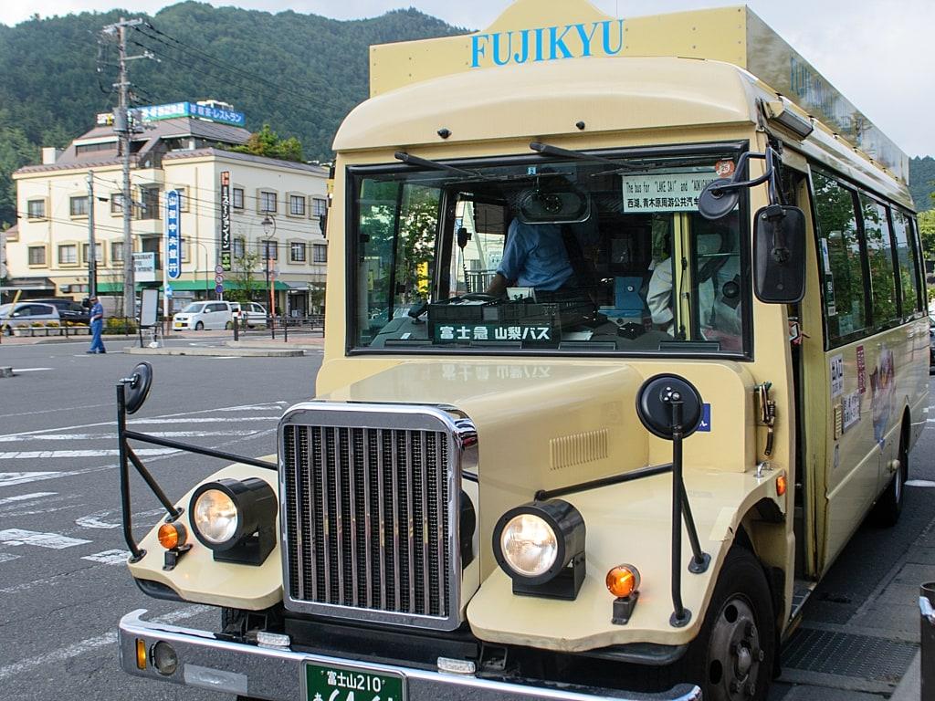 Retrobus-to-fujikyu