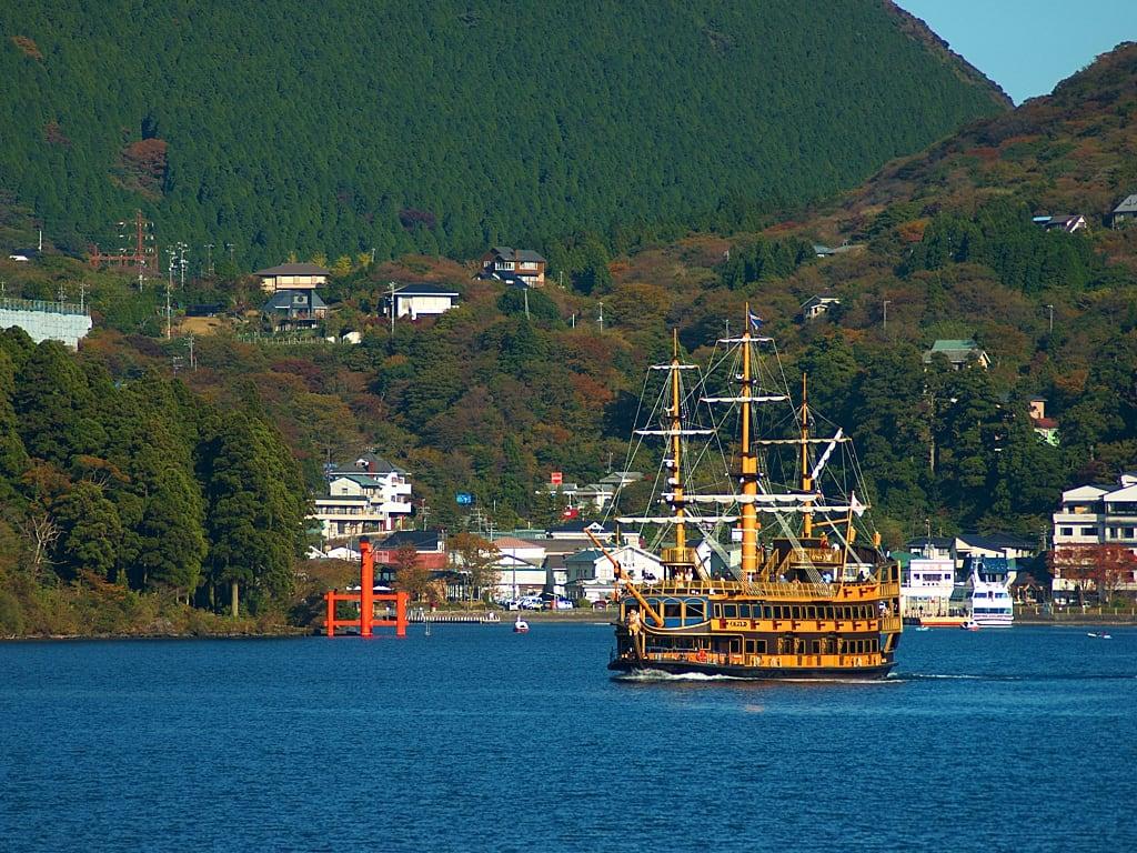 Cruising in Lake Ashi in Hakone