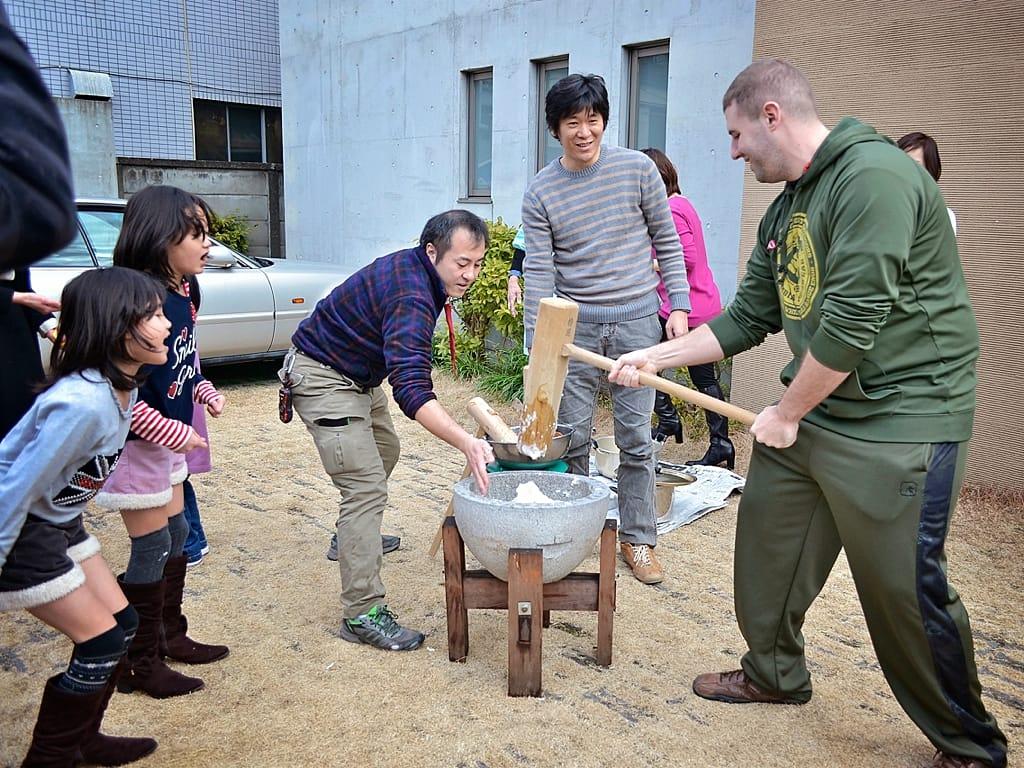Mochi rice Making